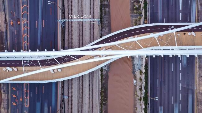 קבוצת אורון בניית גשר יהודית