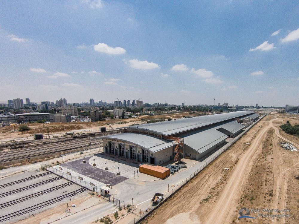 מבנה 100, רכבת ישראל